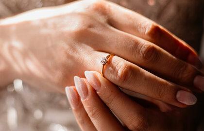 Come regalare anello senza sapere taglia